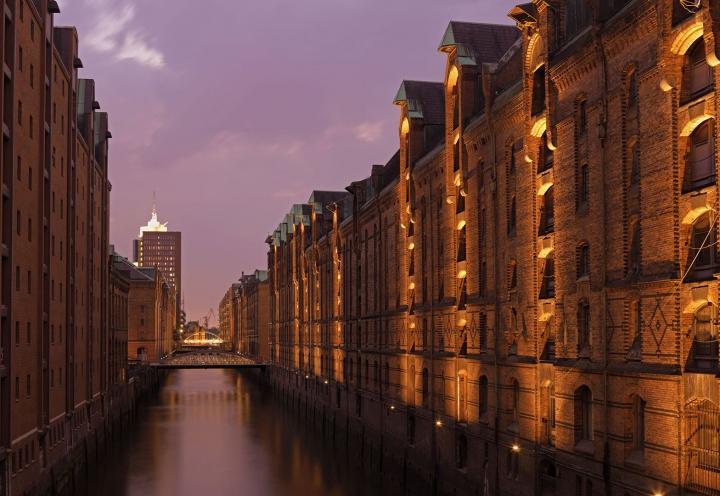 Hamburg Speicherstadt am Abend