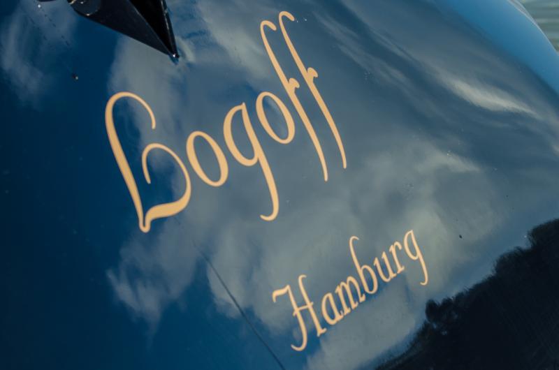 Segelyacht Logoff Bootsname und Heimathafen