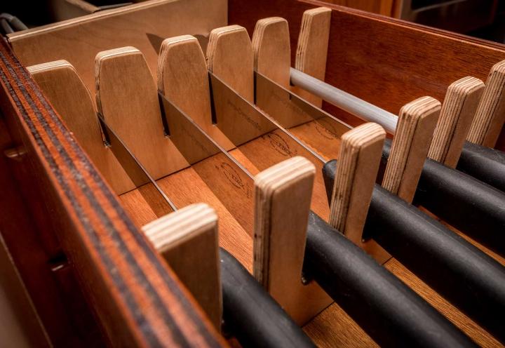 Segelyacht Logoff Messerblock Küchenausstattung
